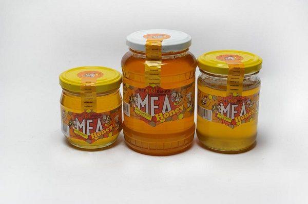 Stockage correct du miel d'acacia en magasin