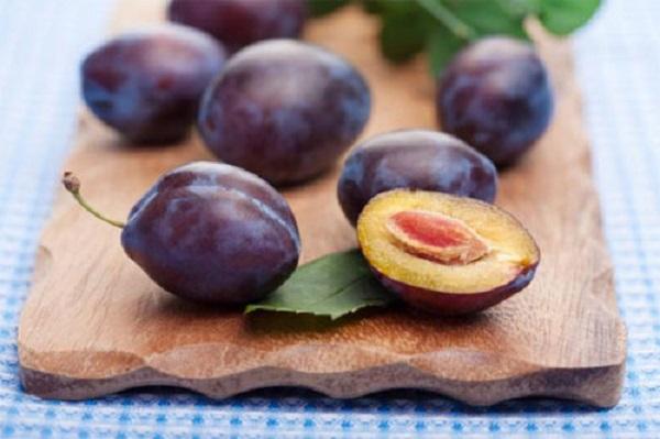 Prune Hongrois
