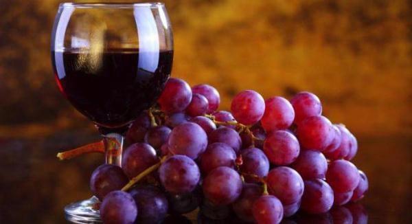 Le vin de Lydia contient de nombreux nutriments